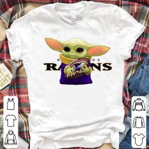 Beautiful Baby Yoda Hug Baltimore Ravens shirt