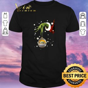 Funny Grinch hand holding Baby Yoda Star Wars Christmas shirt sweater