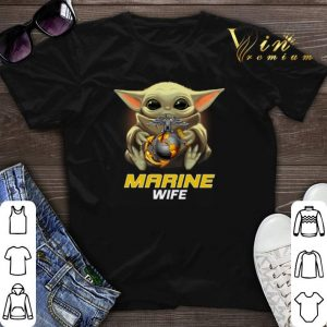 Star Wars Baby Yoda Hug United States Marine wife shirt sweater