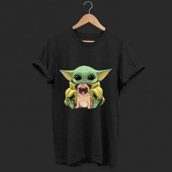 Top Star Wars Baby Yoda Hug Pug Dog Lovers shirt