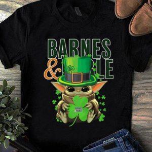 Hot Star Wars Baby Yoda Barnes And Noble Shamrock St.Patrick's Day shirt