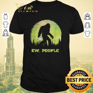 Pretty Bigfoot hold Toilet Paper ew people shirt sweater