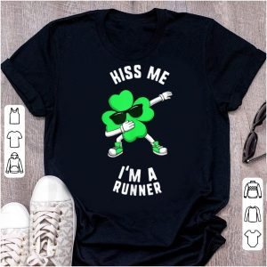 Top St Patricks Day Kiss Me I'm A Runner Dabbing Shamrock Kids shirt