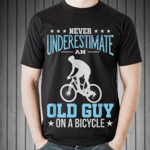 Awesome Never Underestimate An Old Guy On A Bicycle shirt