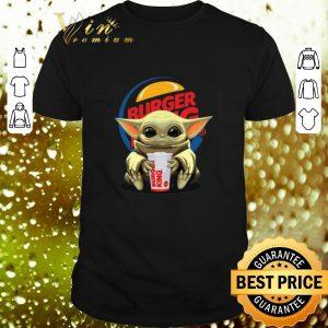 Hot Baby Yoda Hug Burger King Star Wars shirt