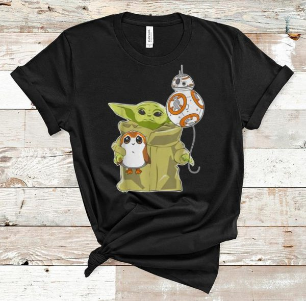 Pretty The Mandalorian Baby Yoda Hug Sad Porg shirt