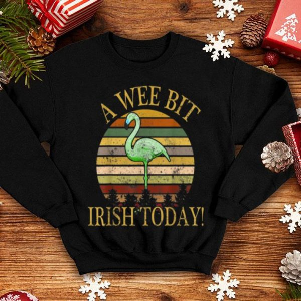 Awesome A Wee Bit Irish Today Green Flamingo St Patrick's Day shirt