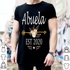 Awesome Abuela Est 2020 New Abuela Gift Mothers Day shirt