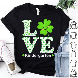 Awesome Funny Shamrock Kindergarten Teacher St Patricks Day Teacher shirt