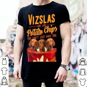 Nice Vizsla And Potatoes Chips Funny Dog Mama Papa shirt