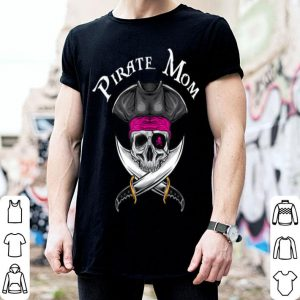 Official Pink Pirate Mom Jolly Roger Mother's Day Gift shirt