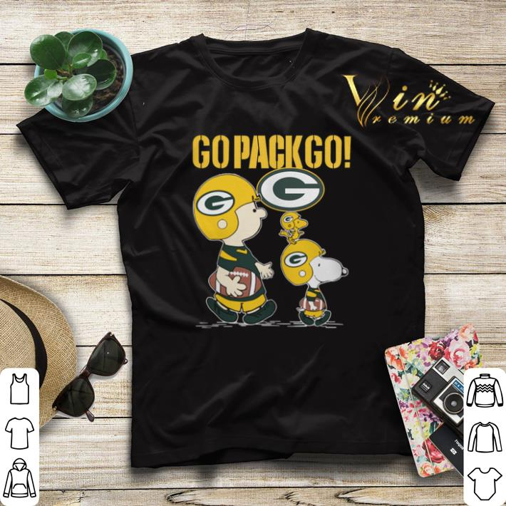 wholesale dealer cf5c6 5ce6e Snoopy Charlie Brown Go Pack Go Green Bay Packers shirt sweater