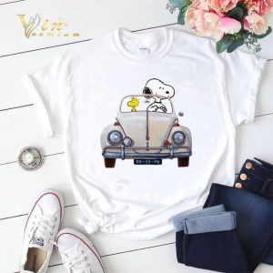 Snoopy and woodstock driving Volkswagen Beetle shirt sweater 1