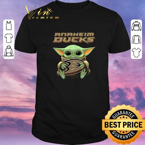 Awesome Baby Yoda hug Anaheim Ducks Star Wars Mandalorian shirt sweater