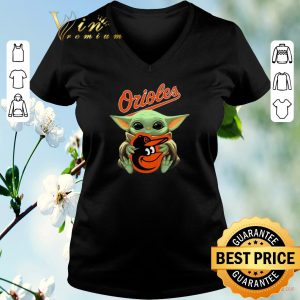 Awesome Baby Yoda hug Baltimore Orioles Star Wars Mandalorian shirt sweater