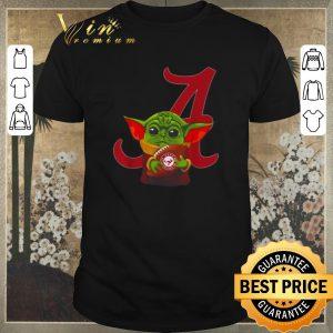 Awesome Star Wars Baby Yoda hug Alabama Crimson Mandalorian shirt sweater