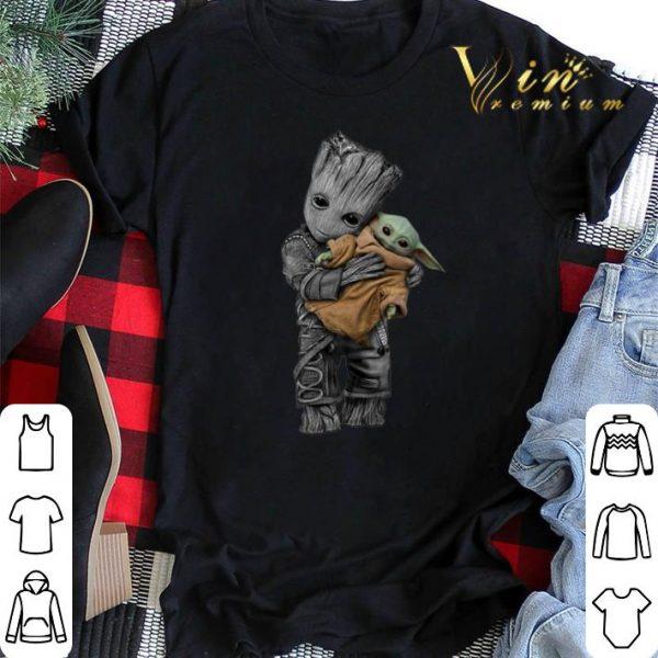 Baby Groot hug Baby Yoda Mandalorian shirt sweater