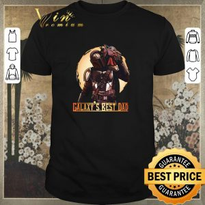 Hot The Mandalorian and Baby Yoda Galaxy's Best Dad Star Wars shirt sweater