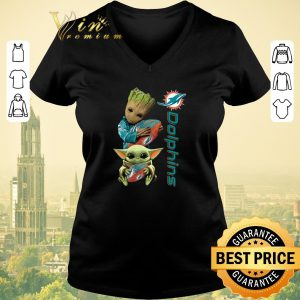 Nice Baby Groot And Baby Yoda Hug Miami Dolphins shirt sweater