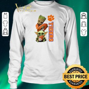 Nice Baby Groot and Baby Yoda hug Clemson Tigers Star Wars shirt sweater 2