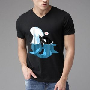Killer Whale Cute Polar Bear Funny Kisses shirt