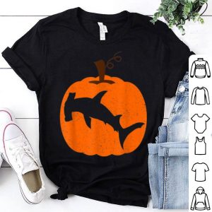 Awesome Hammerhead Shark Pet In Pumpkin Happy Halloween Costume shirt