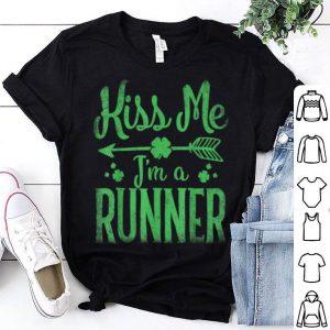 Nice Kiss Me I'm A Runner St Patricks Day Women Men Shamrock Gift shirt