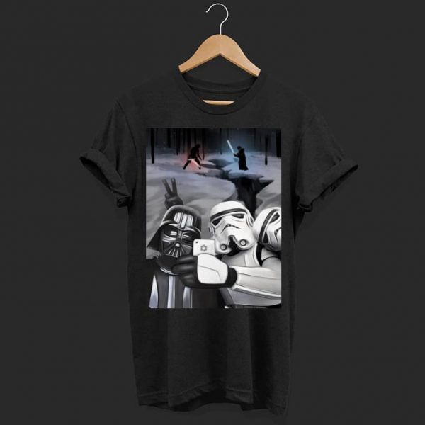 Star wars darth vader and stormtroopers take a selfie shirt