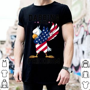Bald Eagle Dabbing For Freedom USA Flag 4th Of July shirt