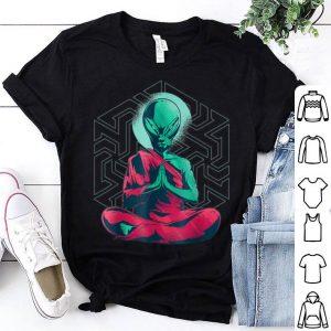 Beautiful Alien Buddha Monk Meditation Yoga Halloween Gift shirt