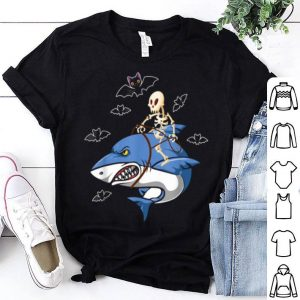 Nice Skeleton Riding Shark Funny Halloween Costume shirt