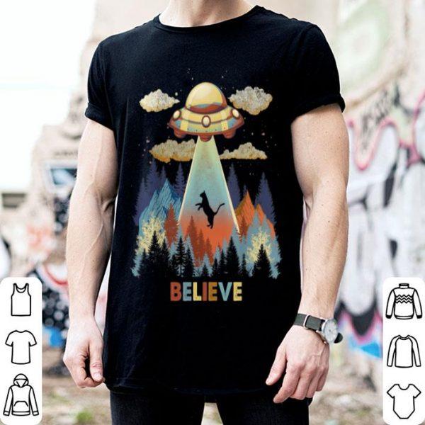 Beautiful Vintage Cat Alien Abduction Area 51 Funny UFO Alien shirt