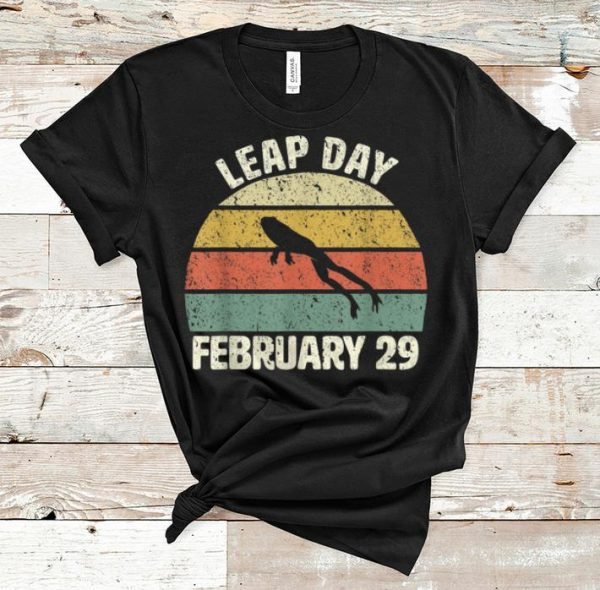 Hot Leap Day Frog February 29 Vintage shirt