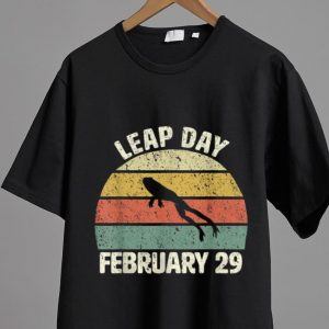 Hot Leap Day Frog February 29 Vintage shirt 1