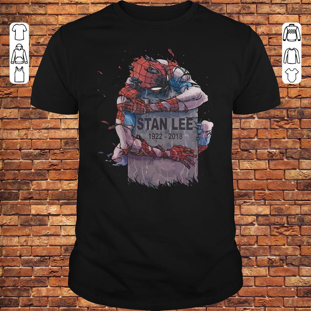 Spider Man hug Stan Lee Shirt