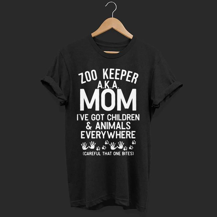 I've got children and animals everywhere careful that one bites Zoo keeper AKA mom shirt