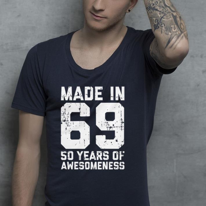 https://premiumleggings.net/images/2019/01/Made-in-69-so-years-of-awesomeness-shirt-shirt_4.jpg