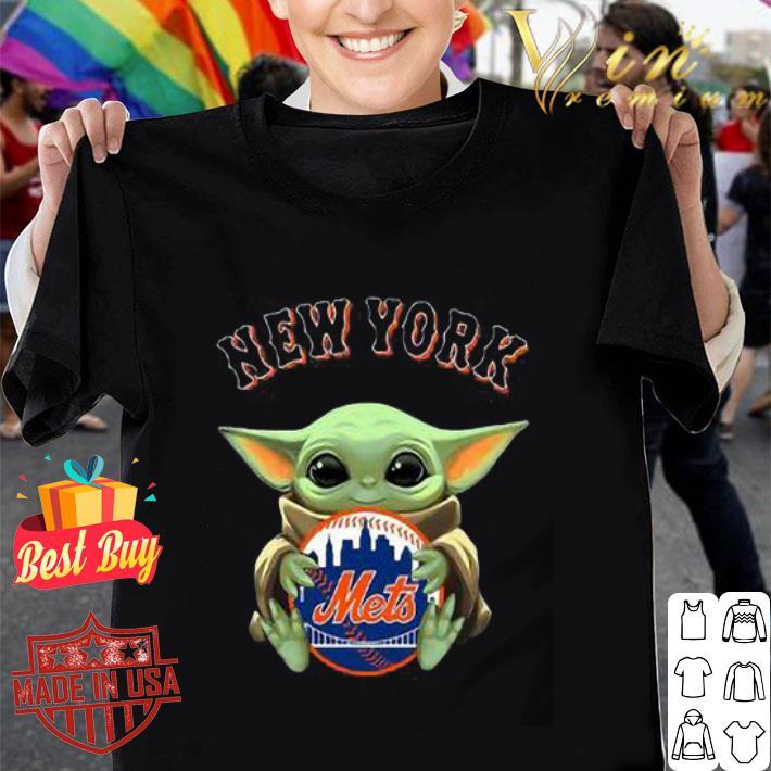 Baby Yoda Hug New York Mets Star Wars shirt