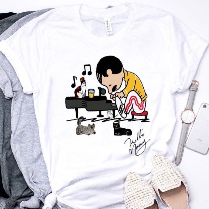 Freddie Mercury and cats playing piano signature shirt
