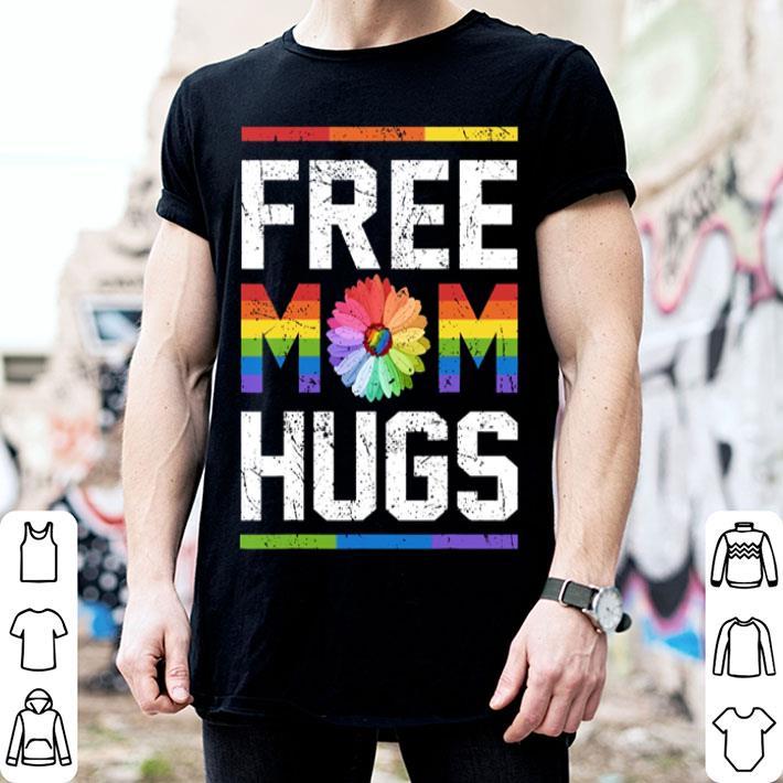 Free mom hugs LGBT flower shirt
