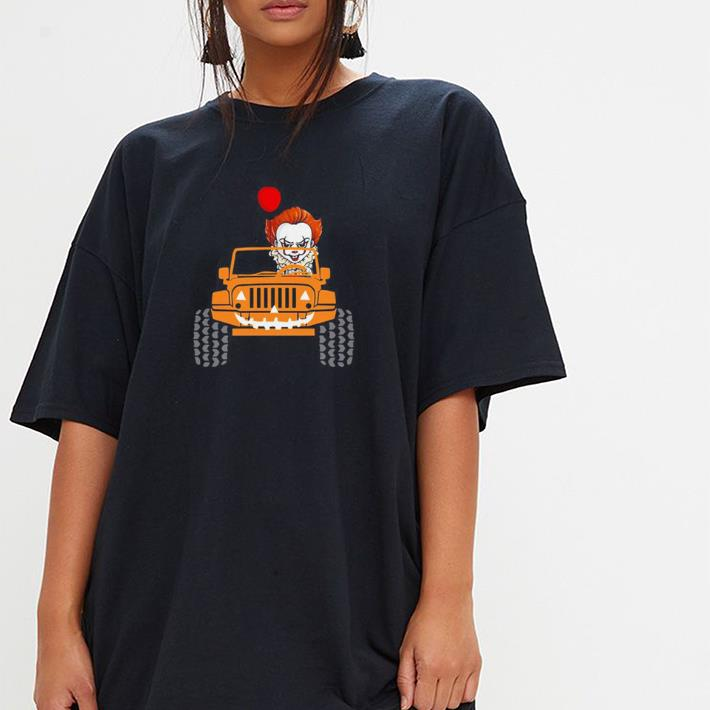 The Clown Pennywise Holding Balloon Drives Jeep shirt 3