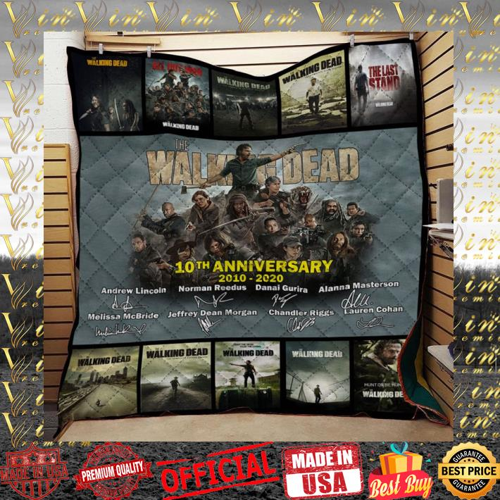 The Walking Dead 10th anniversary 2010-2020 signatures quilt blanket