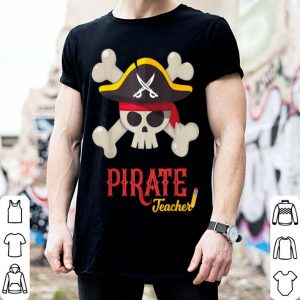 Funny Funny Pirate Skull Teacher Halloween Costume Gift shirt