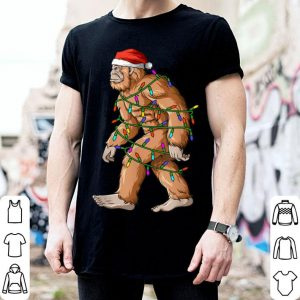 Nice Bigfoot Christmas Lights Sasquatch Santa Hat shirt