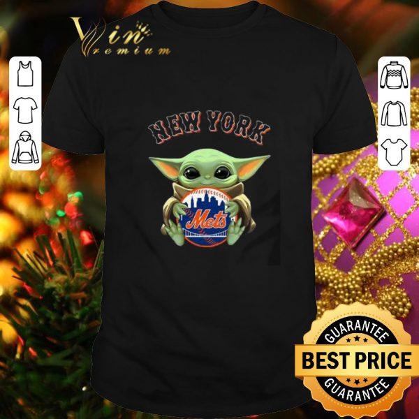 Nice Baby Yoda Hug New York Mets Star Wars shirt
