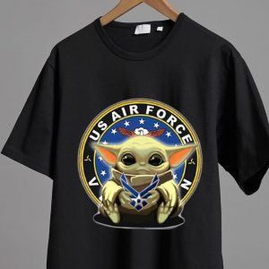 Official Star Wars Baby Yoda Hug US Air Force shirt
