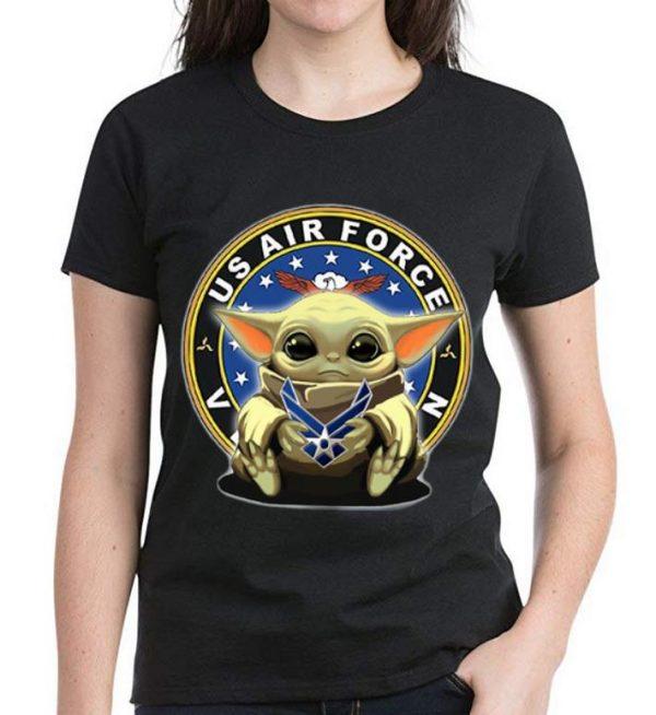 Official Star Wars Baby Yoda Hug US Air Force shirt