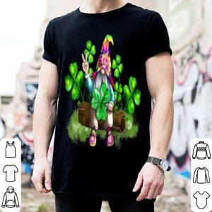 Nice Hippie Gnomes Holding Shamrock Happy St Patrick's Day Gift shirt