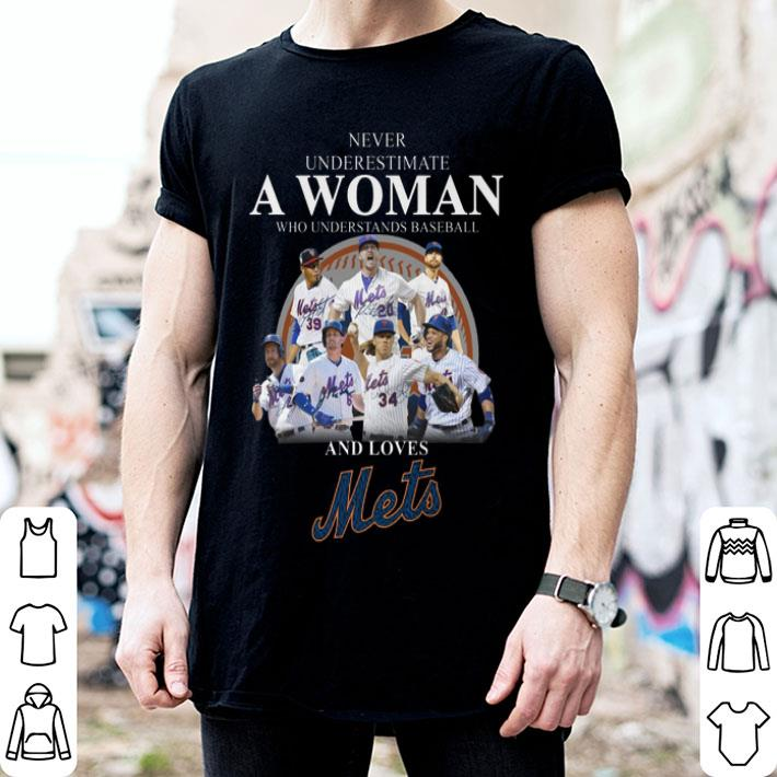 Never underestimate a woman baseball and loves New York Mets shirt