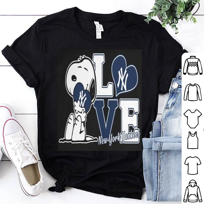 Snoopy love New York Yankees shirt